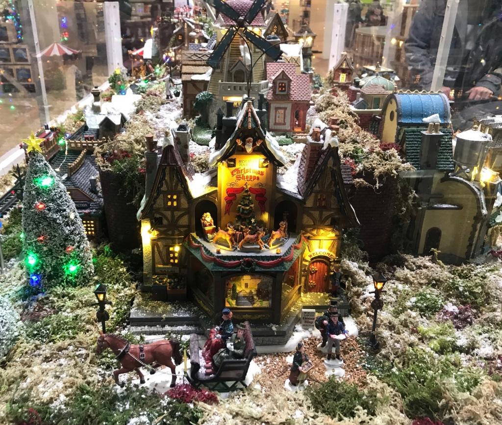 Christmas display, festive light display